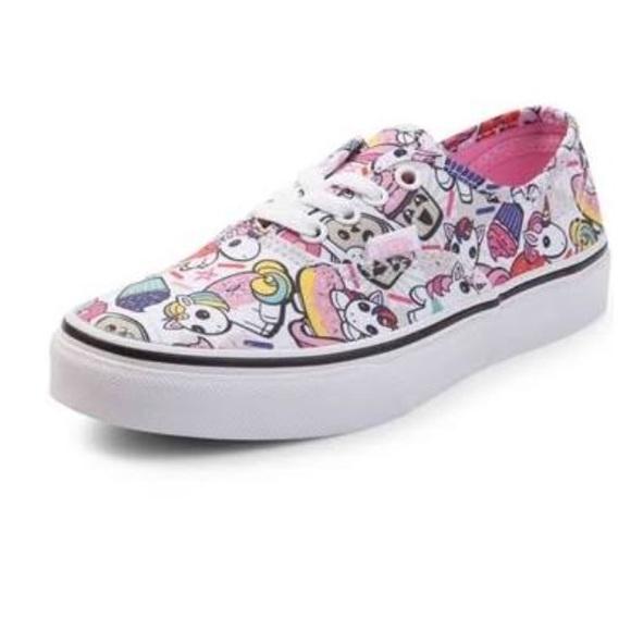 788278806b Youth Vans Authentic Donut Unicorn Skate Shoe 13. M 5b8c19328158b5c757af9490
